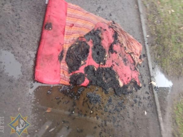 Хозяин спал, матрац горел... На пожаре спасен житель Пинска