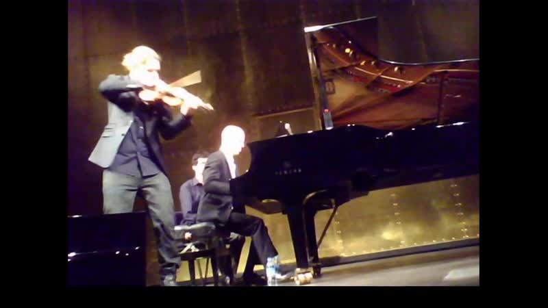 22 03 2015 Paris Champs Elysee Theatre RECITAL with Regenliedsonate Teil1