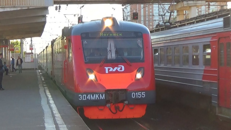 Электропоезд ЭД4МКМ-0155 с рейсом экспресс Москва Курская - Ногинск