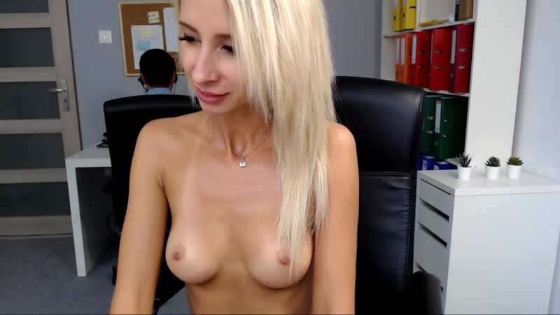 Chat with Littlelilly69 in a Live Adult Video Chat Room Now - Google Chrome 4_8_2562 18_03_10