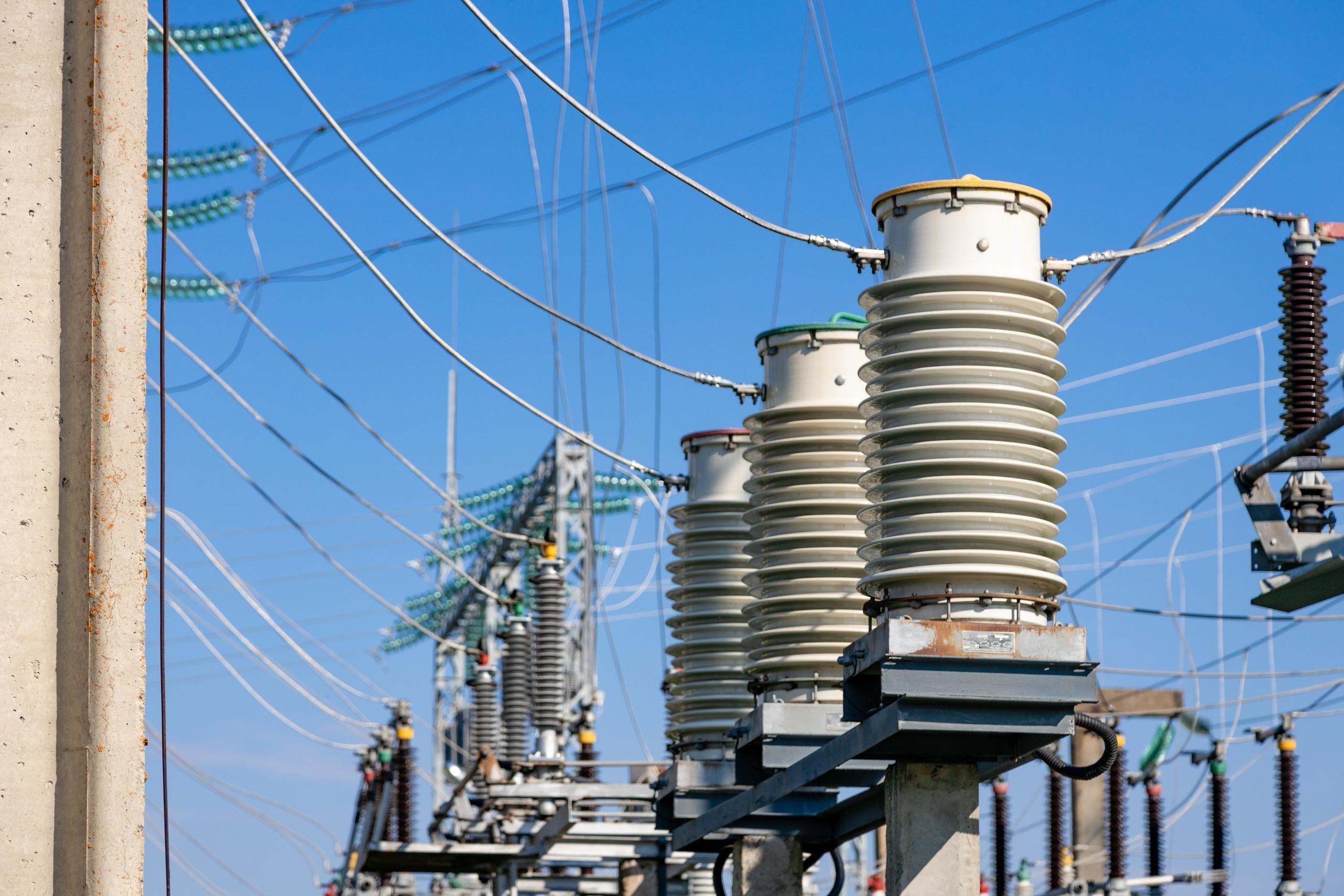 В КЧР отключат от электроснабжения семь населенных пунктов