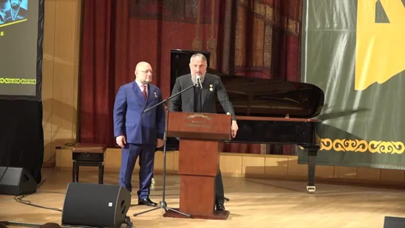 Адам Делимханов Путин и Кадыров предотвратили развал России