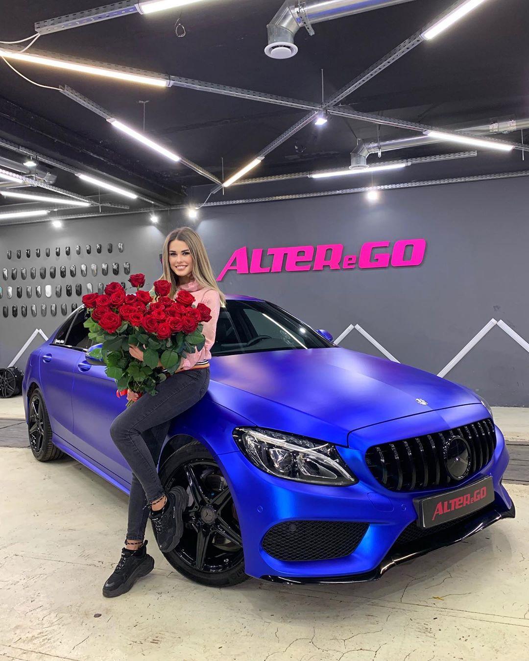 Ирина Пинчук купила машину!