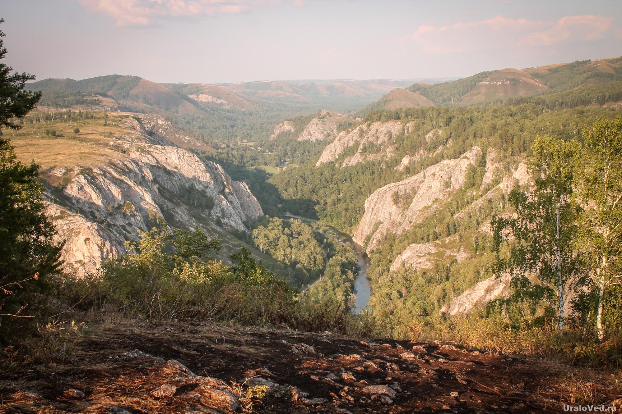 Вид на Мурадымовское ущелье