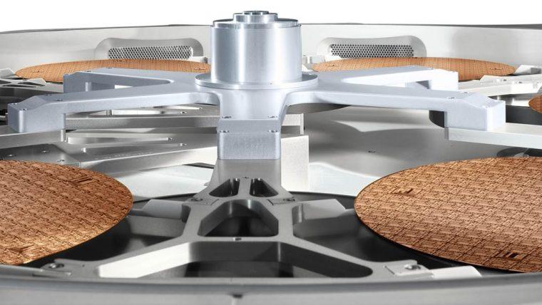 Еще один представитель продуктовой линейки Lam Research — GAMMA. Изделие представляет из себя сложную систему очистки и кондиционирования воздуха, делающими его тысячи раз чище, чем в хирургической палате!