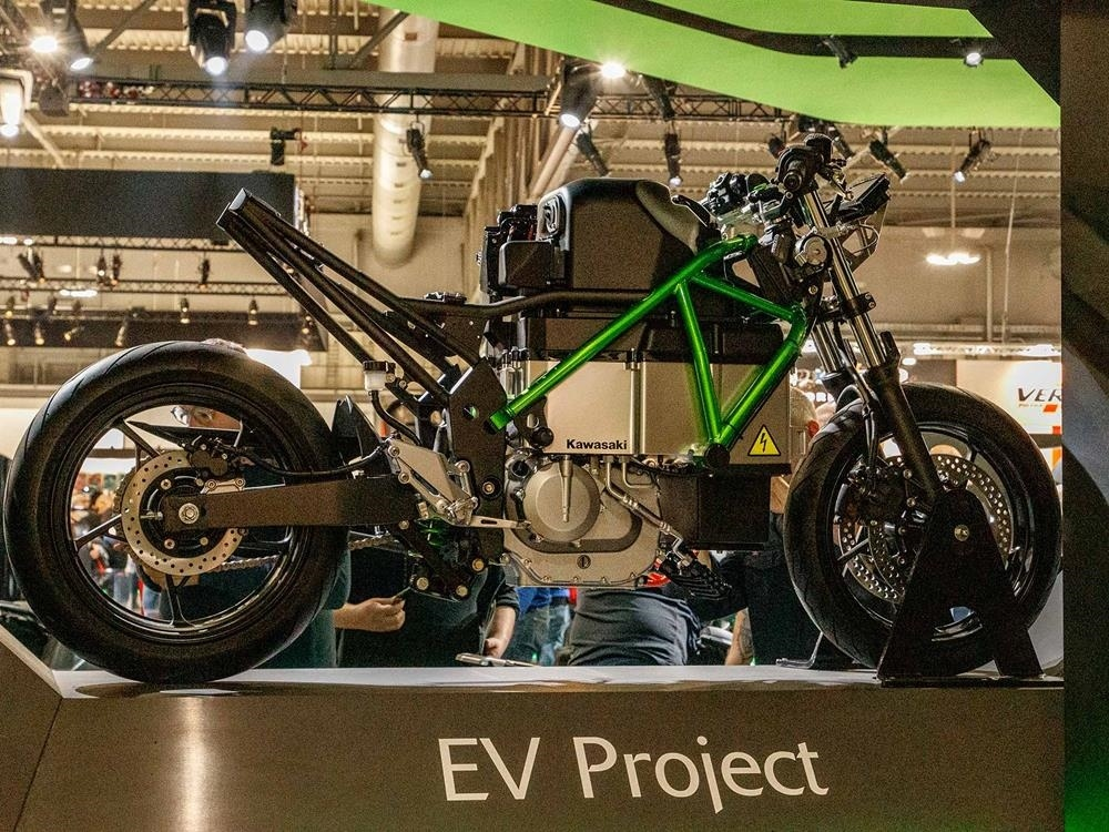 Компания Kawasaki представила электрический концепт