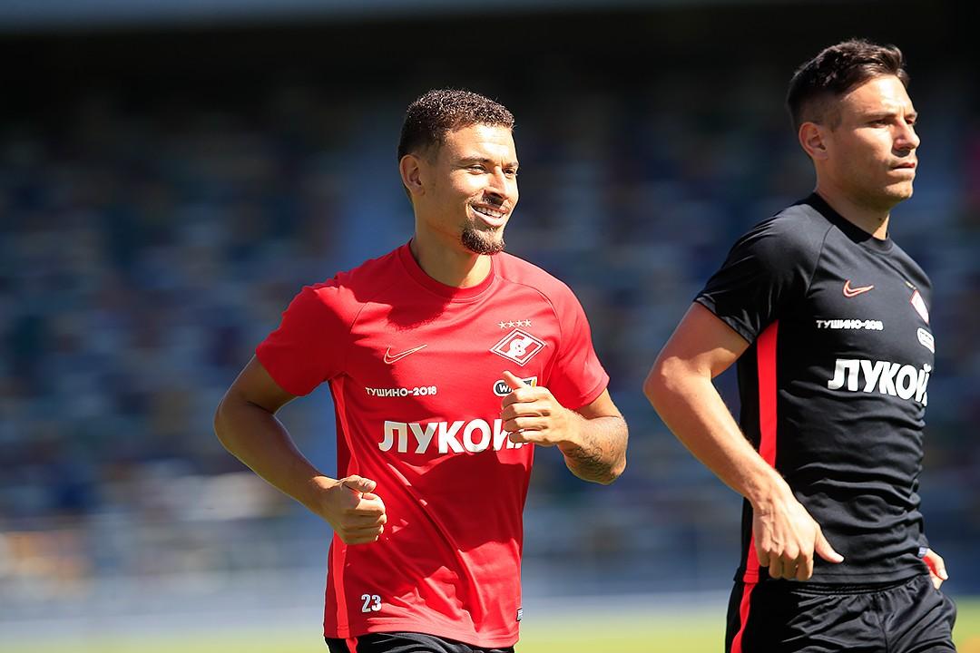 Джикия и Ларссон занимаются в общей группе «Спартака»
