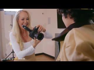Brandi Love - Red-Hot Calendar Shoot Milf