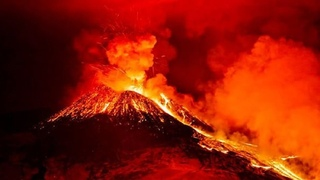Iceland's largest volcano, Fagradalsfjall, is going crazy! Huge rivers of lava flow from the cracks!