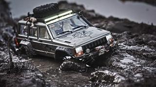 RC Crawler 4x4 Offroad Adventure in Mud | Cherokee XJ | Axial scx10 ii