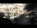 Wolken ziehen von Westen nach Osten in den SonnenAufGang Anfang diesen Jahres