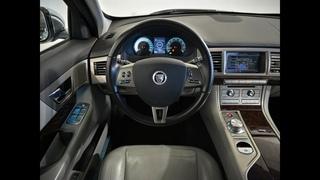 Jaguar XF I  3.0 AT (238 л.с.) Premium Luxury 2011 г.