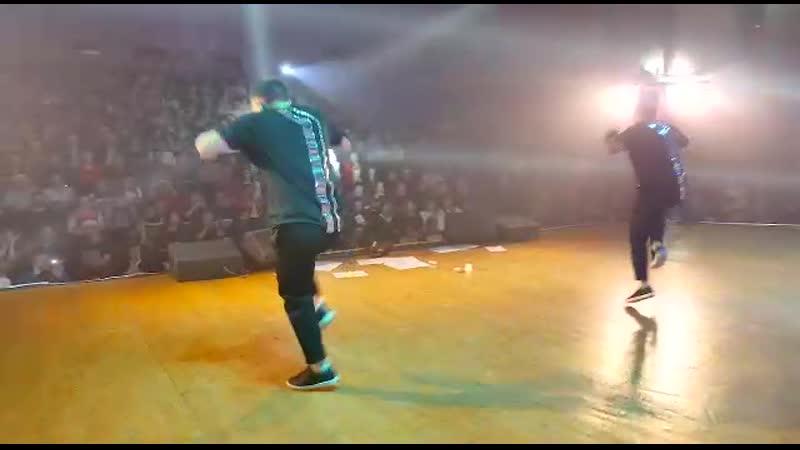 VIDEO 2019 12 16 02 11