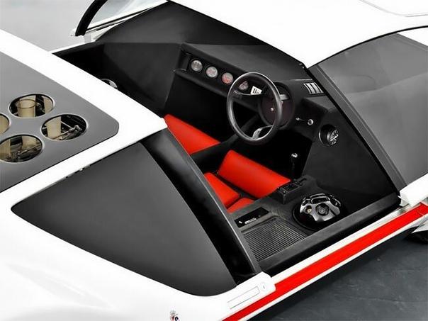 Элегантность ретрофутуризма: итальянский автомобиль будущего в 1970 Ferrari Modulo 512 был впервые представлен на Женевском автосалоне в 1970 году. Именно так, считали законодатели итальянской