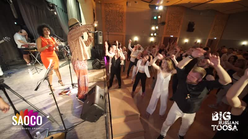 Танцевальная анимация во время концерта группы LEGENDARIO на BIG RUSSIAN TOOSA 21.06.2019