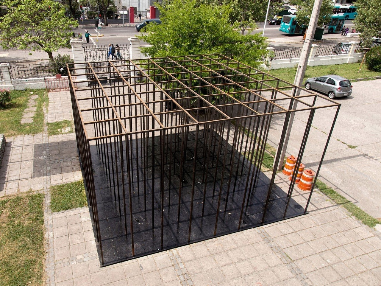 """""""Habitar el vacío"""" by Josep Ferrando,"""