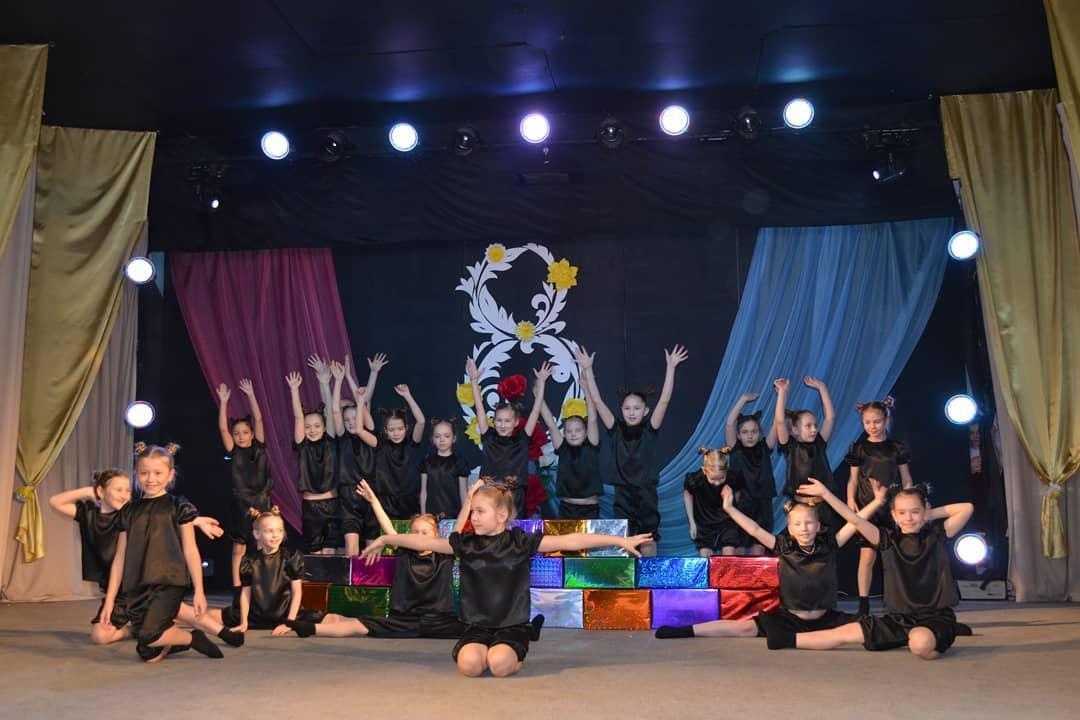 КДЦ «Современник» приглашает петровчан и гостей города на творческий вечер руководителя хореографического коллектива «Конфетти» Тамары Дарьиной
