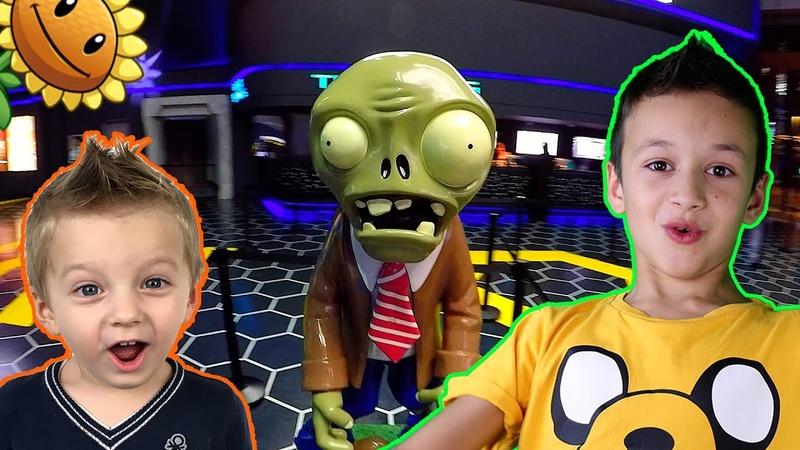 Игра Plants vs Zombies и сюрприз Minecraft Майнкрафт Дубаи Влог