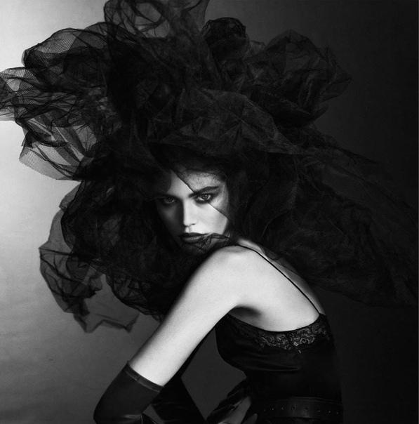 Трансгендерная модель Валентина Сампайо для Vogue, Июль 2020