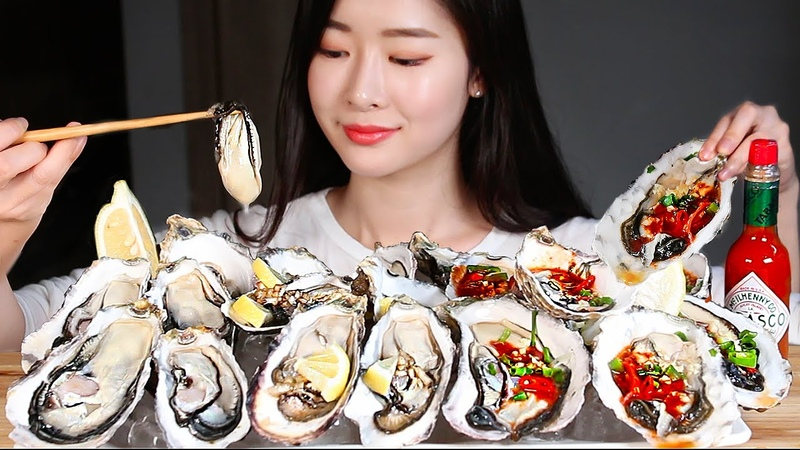 3가지 소스로 먹어본 굴 1kg 리얼사운드먹방 3 lbs GIANT RAW OYSTERS WITH 3 KINDS OF SAUCE Mukbang Eating Show Tiram