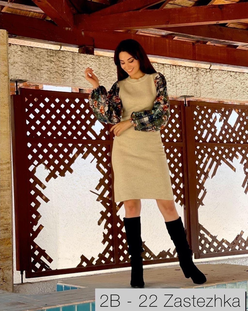New Collection Утепляемся  Идеальное платье KuKla   размер : S - M , M - L ( 42 - 44 , 44 - 46 )  цвет: черный, графит, серый, фисташка  Ткань: трикотаж лакоста  Силуэтное платье идеально подчеркнёт все ваши достоинства Идеально и в пир и в мир . Отличное