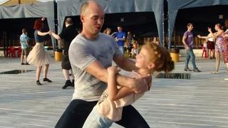 Танцуй высоко ! Виктор Пономарев и юная звёздочка Ульяна - хастл