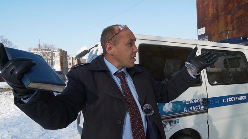 Виталий Наливкин рушит бетонные плиты