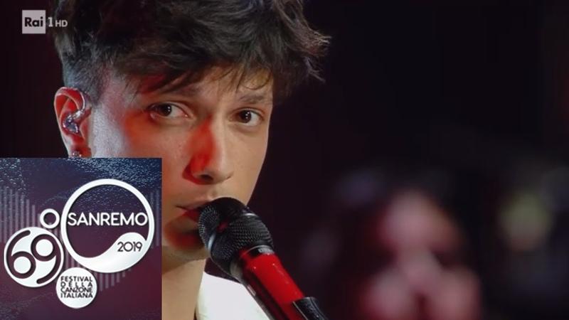 Sanremo 2019 - Ultimo e Fabrizio Moro cantano I tuoi particolari