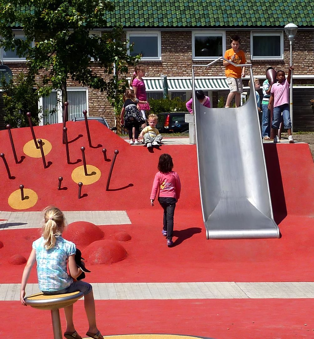 Van Campenvaart Playground by Carve Landscape Architecture