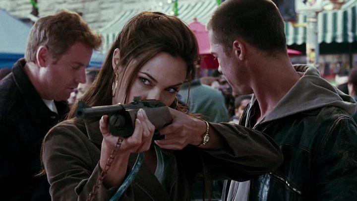 Мистер и миссис Смит HD(боевик, триллер, комедия)2005