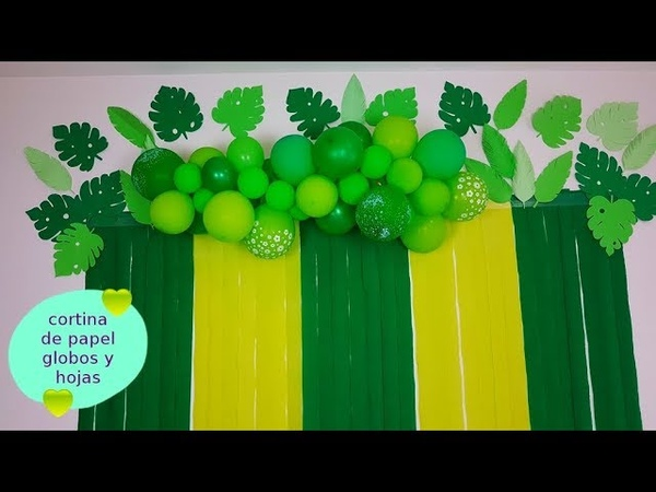 Cortina de papel con hojas y globos 😁paper curtain with balloons and leaves