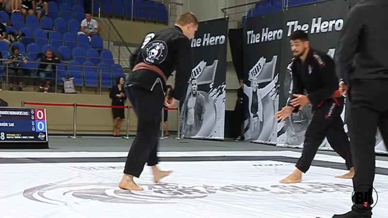 Александр Сак vs Luiz Fernando moscow gs19