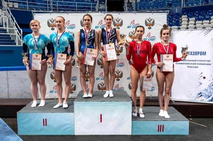 Батутистки Таганрога Вероника Тугарина и Ирина Ларионова стали серебряными призерами чемпионата России