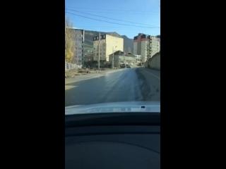Типичная Махачкала \ течёт канализация по улице