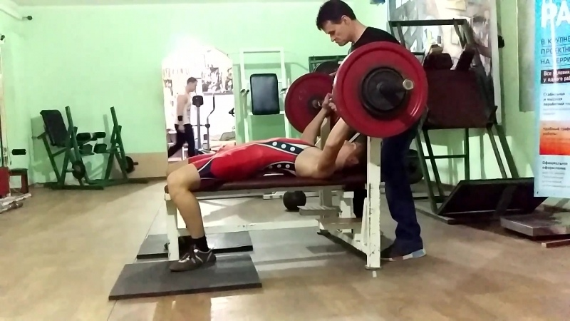 Бурлак Сергей 16 лет с.Кицканы СК ТИТАН жим 87.5 вес 56.5