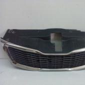 Решетка радиатора на Kia Rio (11-)