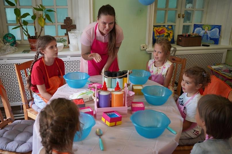 Добровольцы кинокомпании «Союз Маринс Групп» посетили «Дом для мамы», изображение №3