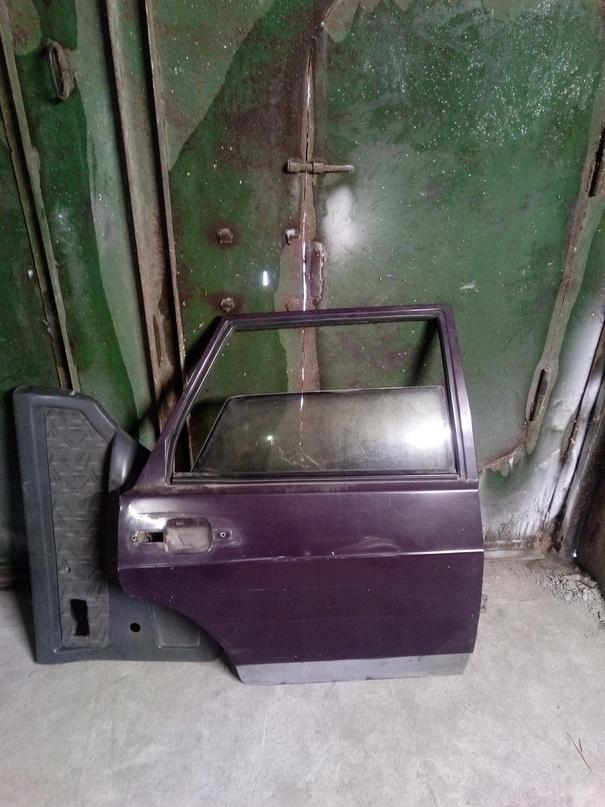 Купить запчасти дверь заднюю правую в   Объявления Орска и Новотроицка №20032