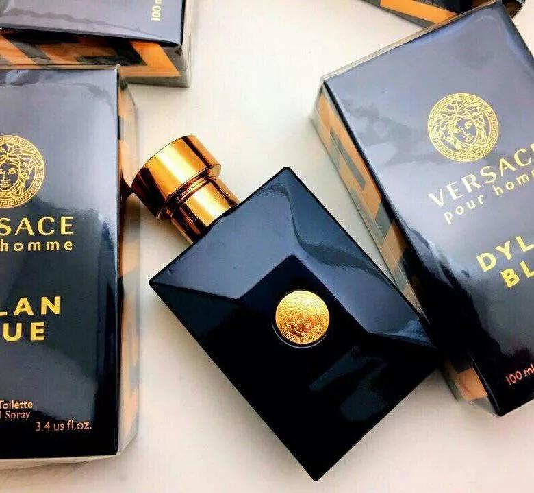 Versace Dylan Blue 100 ml. 1640 руб