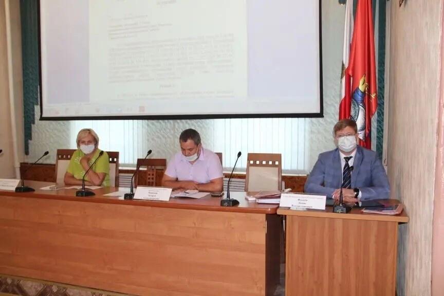 Депутаты городского Совета обсудили ситуацию с заболеваемостью населения коронавирусом