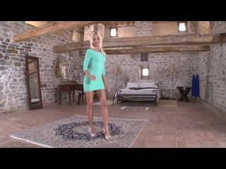 purecfnm LadyVoyeurs Erica Fontes каблуки SASHA FOXXX, секси ножки, стройная девушка, в коротком платье, сексуальные ножки