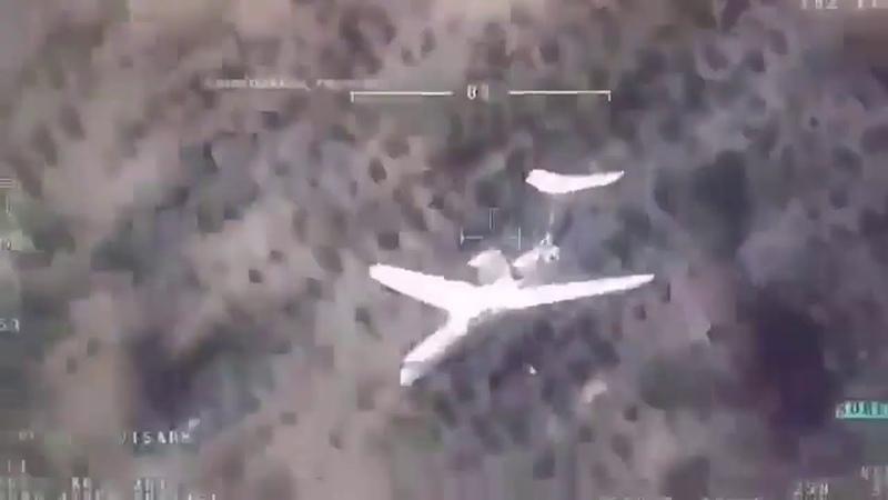 Turkish UAV filmed Be-200 extinguishing a forest fire.Adanadaki yangını söndüren Rus yapımı Be-200