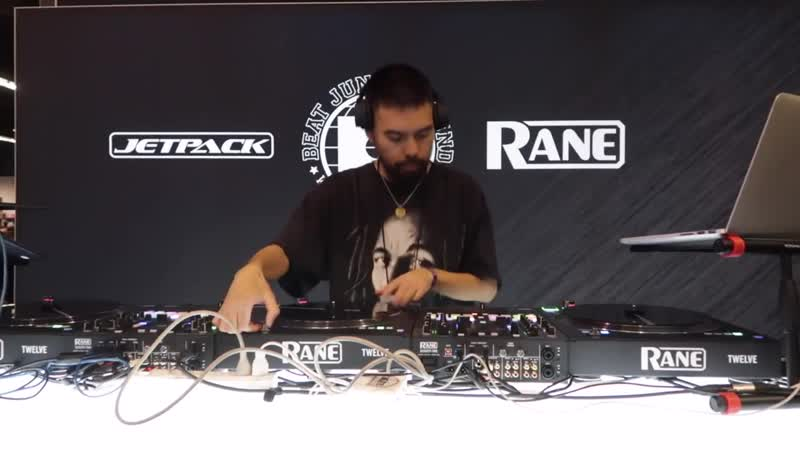 Miles Medina Set from the NAMM Show 2019 at the Beat Junkies JetPack Rane booth