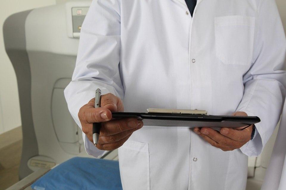 Пациенты госпиталя на Волгоградском проспекте обследуют органы зрения на современном томографе-ангиографе