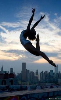 работа за границей танцоры