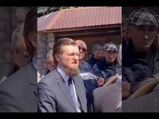 Депутат-единоросс Джефф Монсон попал в классическую для россиян ситуацию – кидок с квартирой