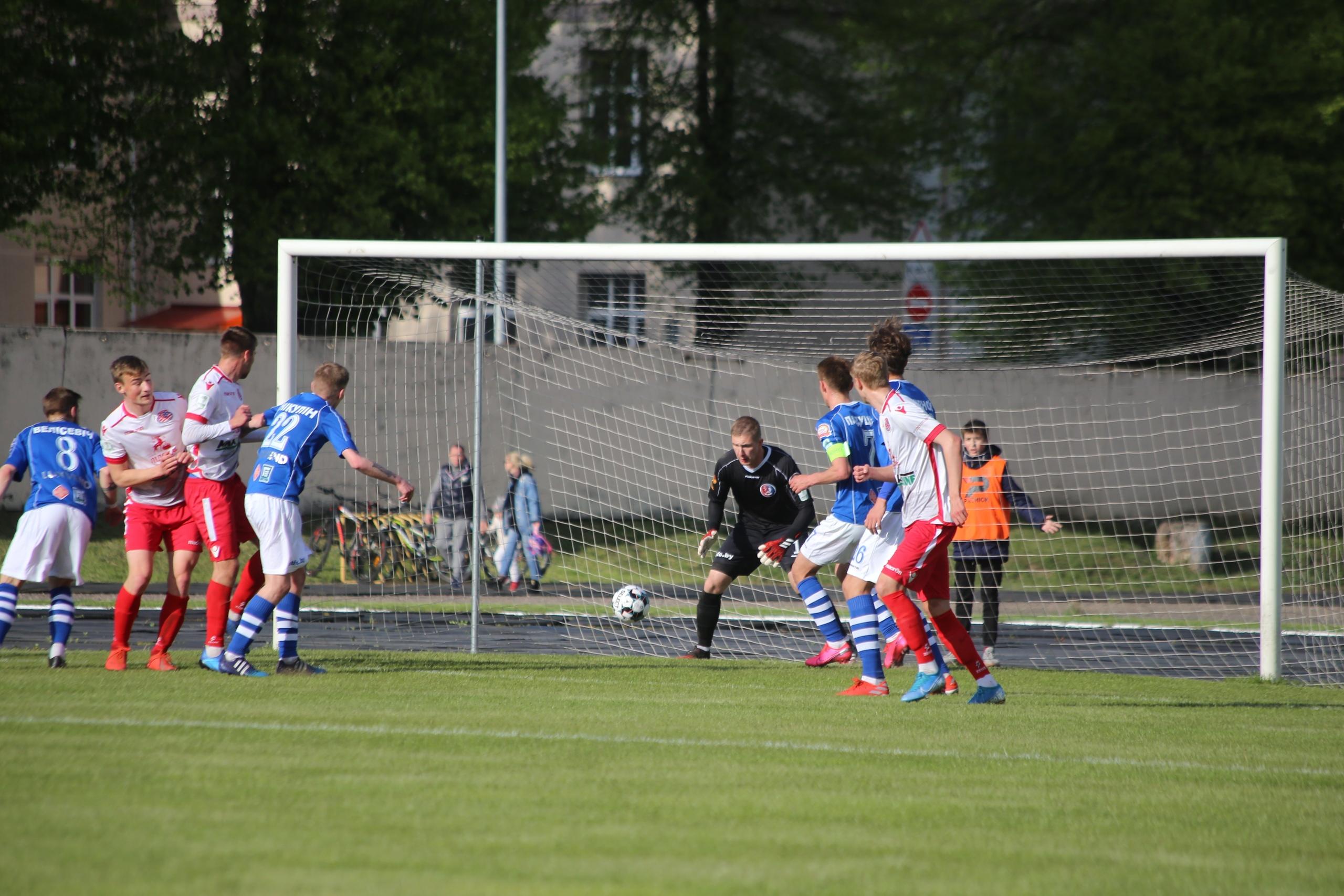 Вчера в Ошмянах состоялся 18 тур Чемпионата Республики Беларусь по футболу среди команд первой лиги.