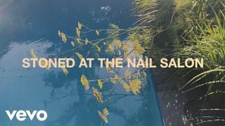 Lorde - Stoned at the Nail Salon (Visualiser)