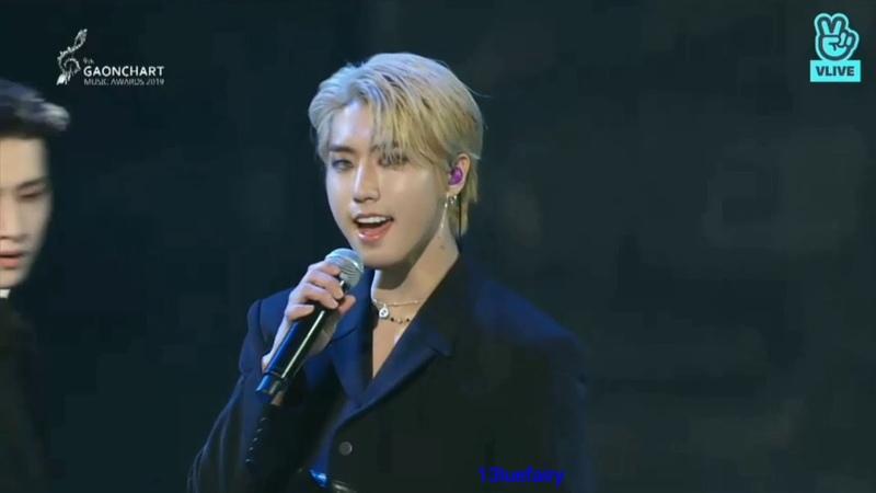 Stray Kids The World Kpop Rookie Award acceptance speech Levanter 바람 performance GAONCHART 2019